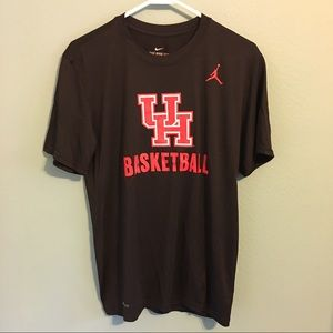 U of H Nike Basketball Dri-Fit T-shirt Black Med.